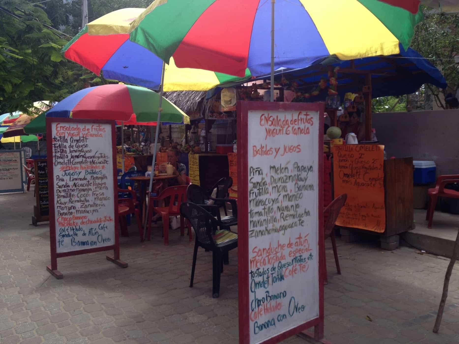 Fruit Shake Stall Montañita, Ecuador