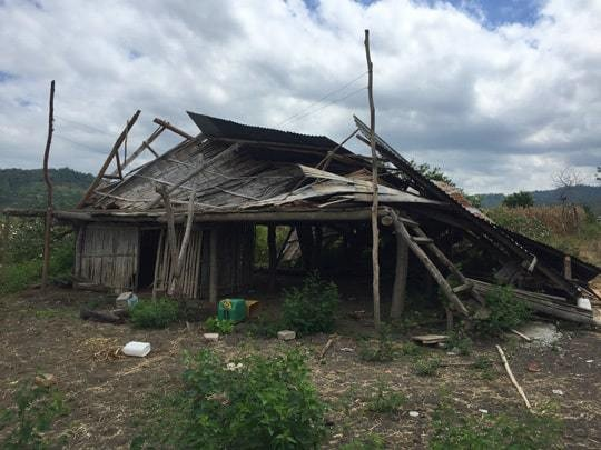 1-one-of-so-many-destroyed-homes-in-san-miguel
