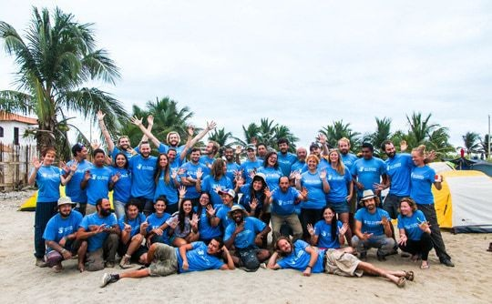 2-volunteers-at-our-base-in-canoa