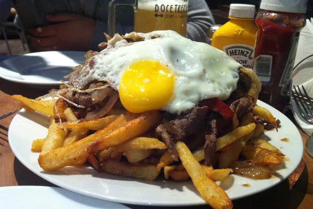 Chorrillana-Chile-food