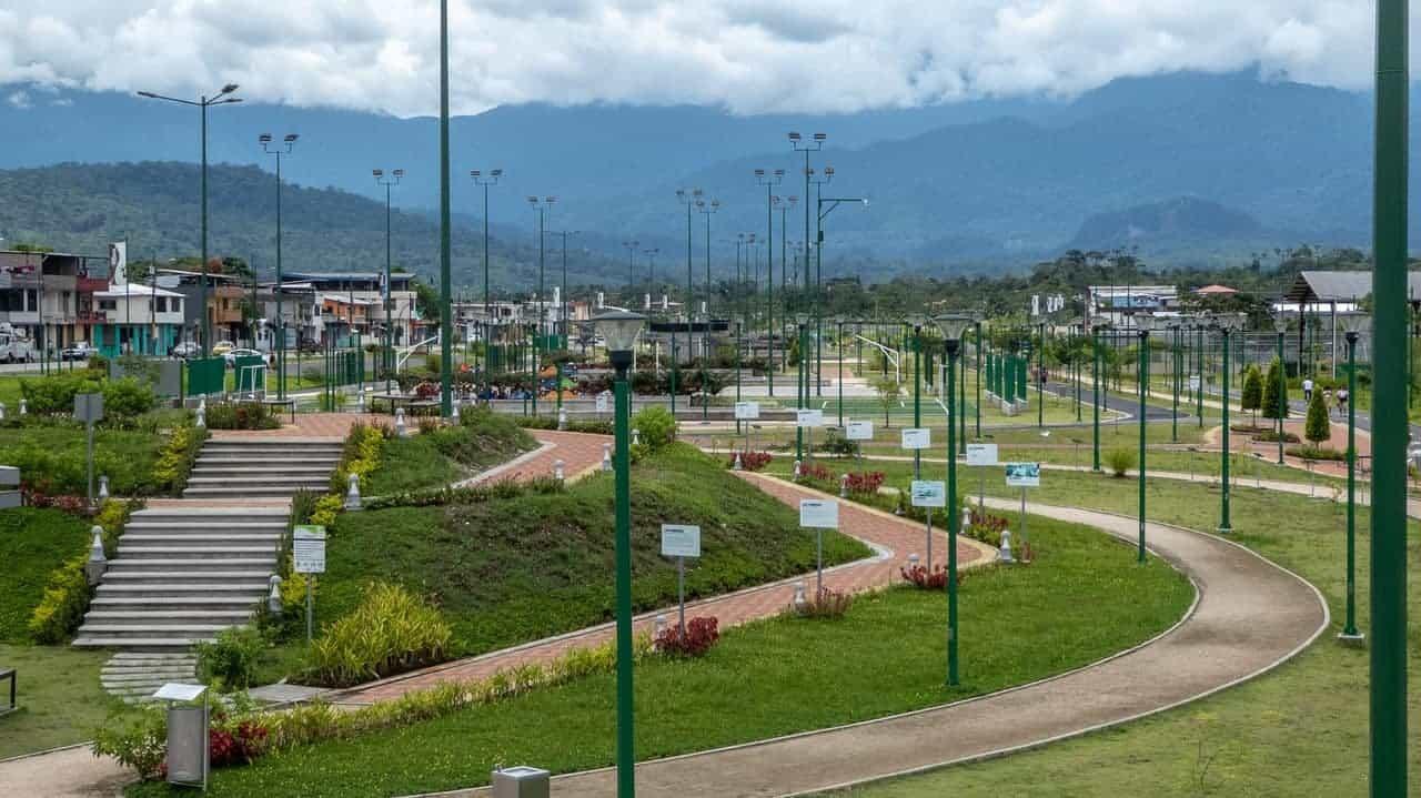 Lineal Park, Tena, Ecuador