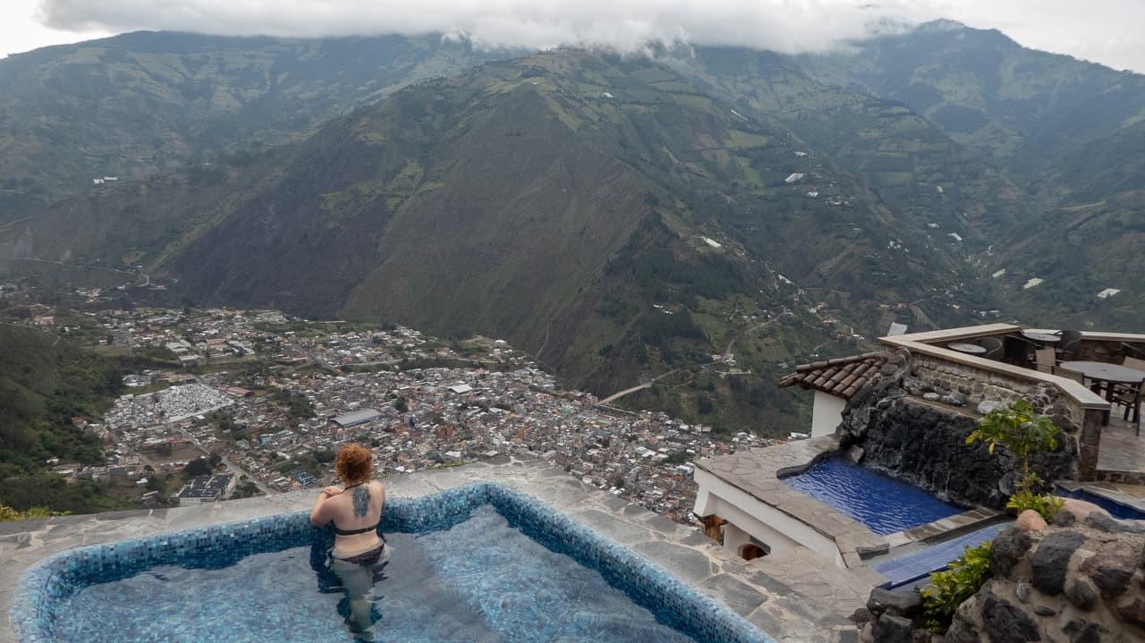 Luna Volcan, Baños, Ecuador