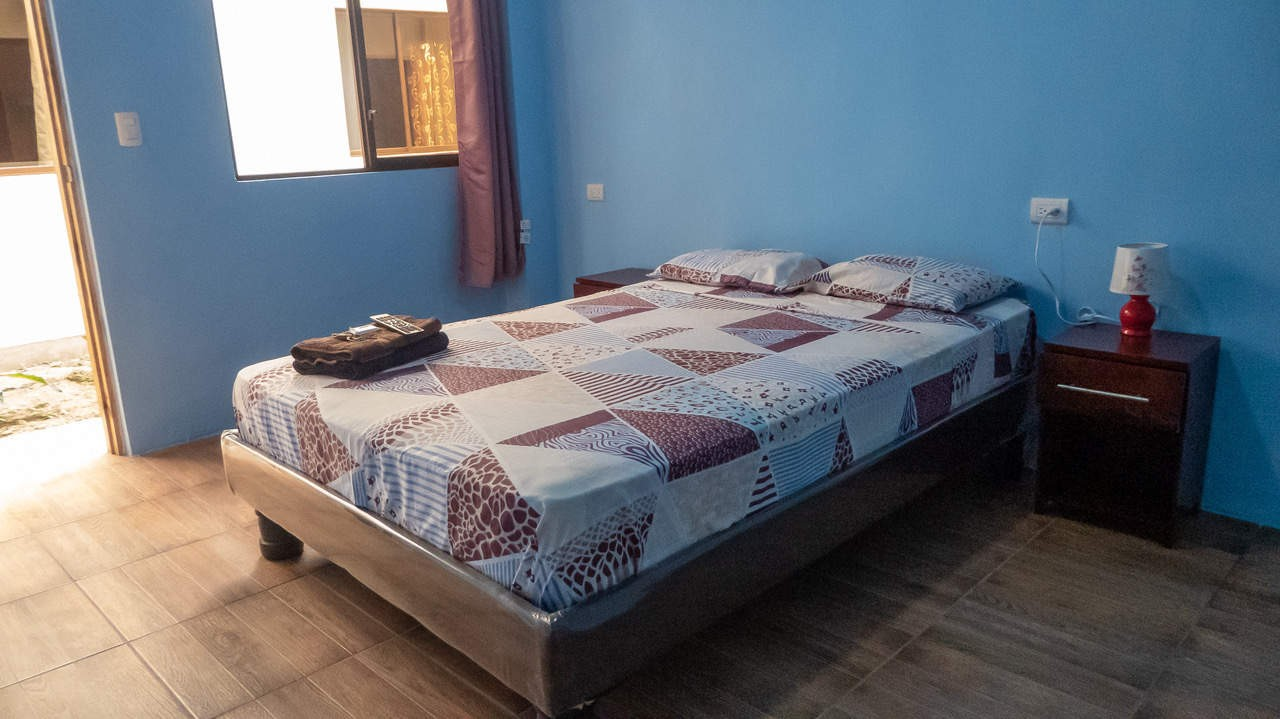 Well-kept and spacious private double room in Hostel Pachamama, Puerto Lopez, Ecuador