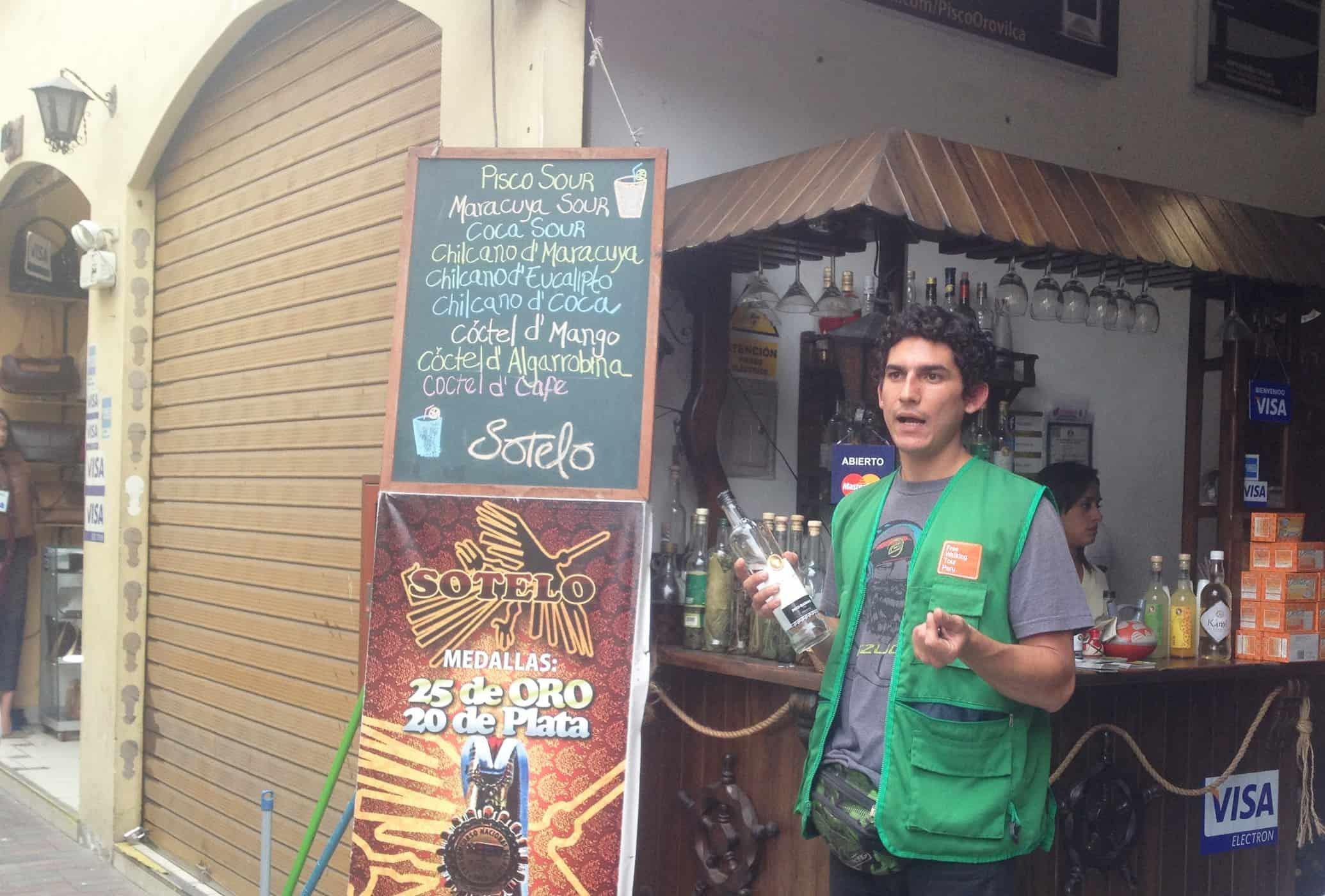 Tasking Pisco Sours on the Lima Walking Tour