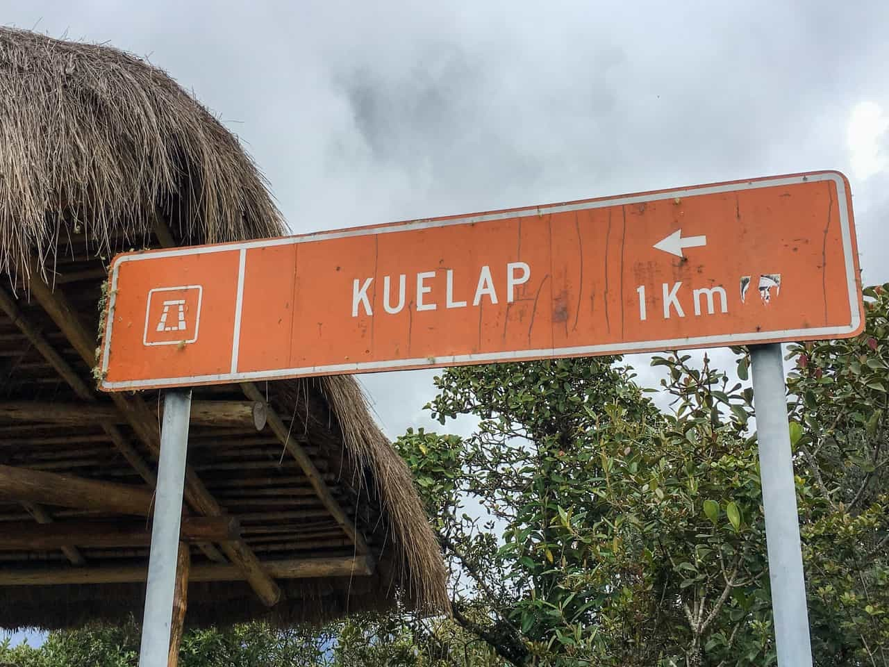 Signpost to the ancient fortress of Kuélap, Peru.