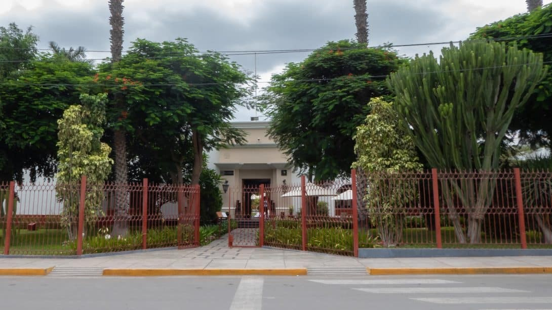 The front of DM Nasca Hostel where Nasca Planetarium is located.