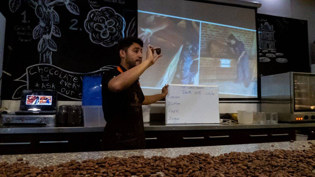 Adrian giving the chocolate workshop at Chaqchao, Arequipa