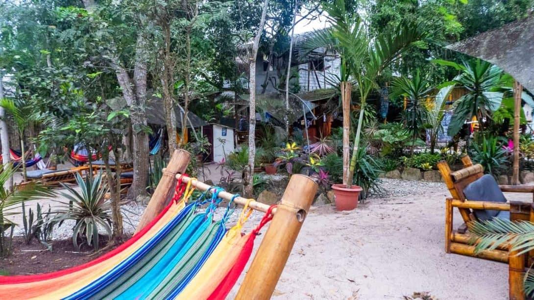 Hidden-House-Hostel-Montañita-Ecuador