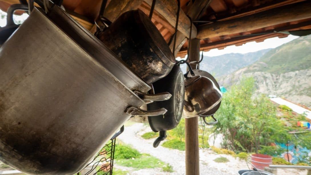 Pots and pans at Colibri Camping