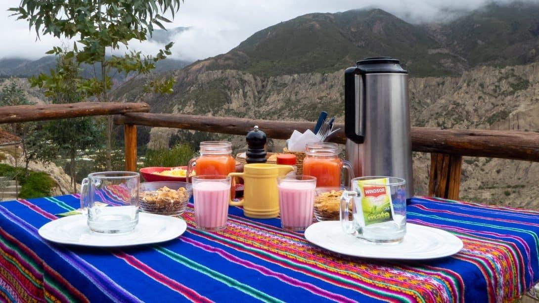 Breakfast at Colibri Camping