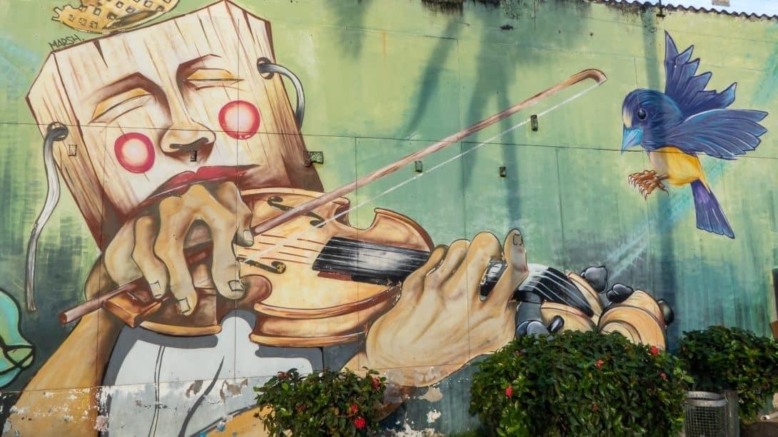 Street art in Santa Cruz.