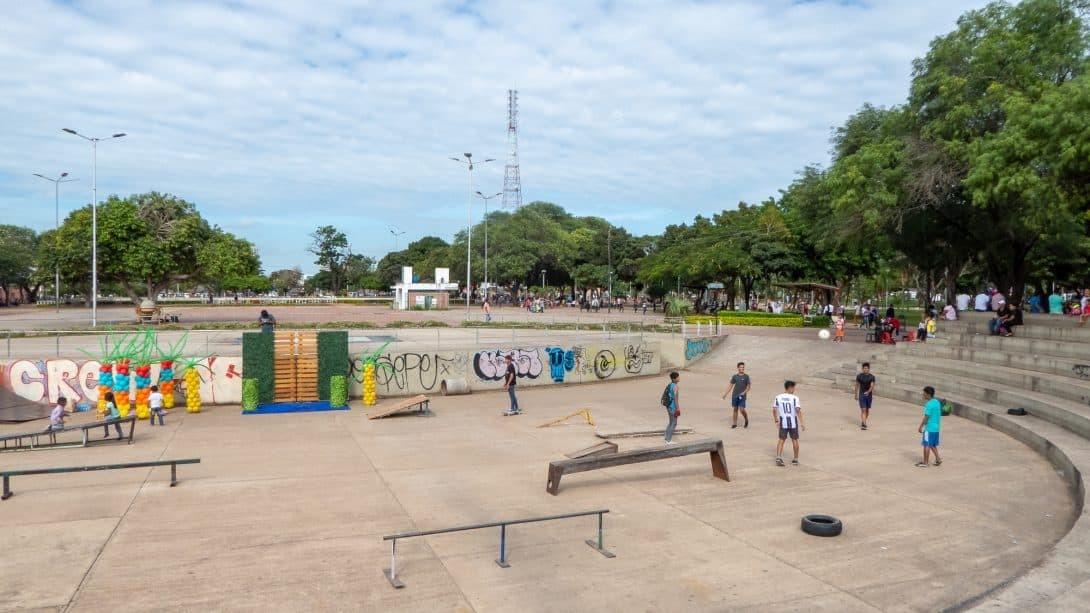 Teens hang out in skatepark, Santa Cruz