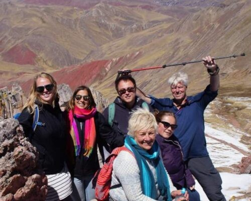 Group at on day trip to Palcoyo Rainbow Mountain