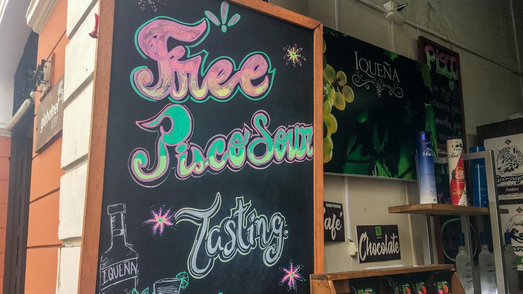 Free pisco tasting board in Lima