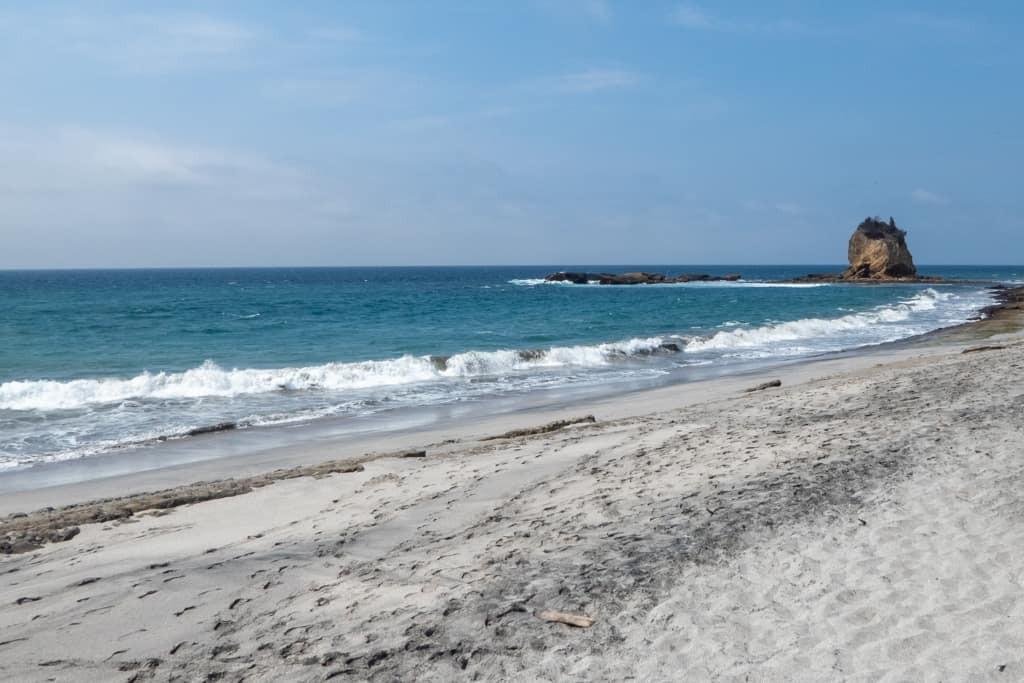 13 Incredible Beaches in Ecuador