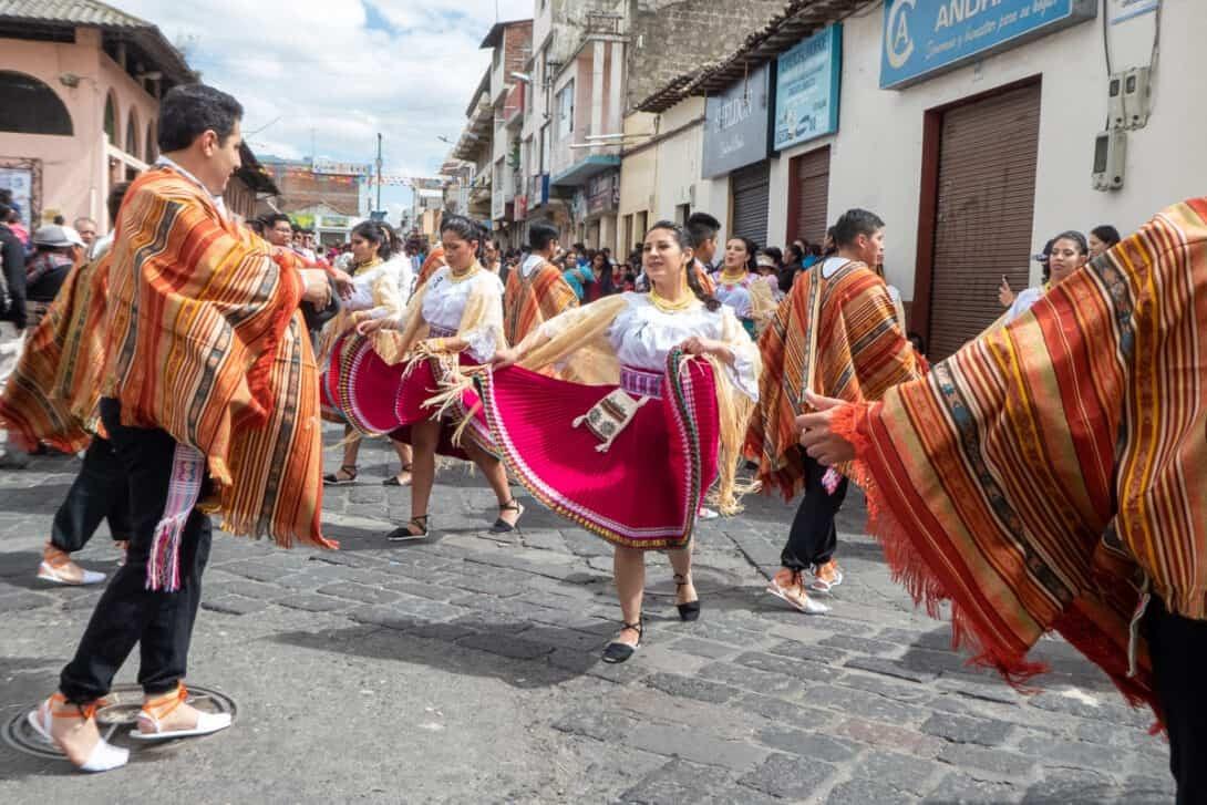Pasillo dancing, Ecuador